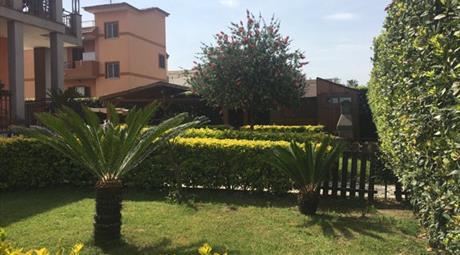 3 appartamenti in Villa