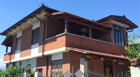 Villa regione Braia 3, Ozegna