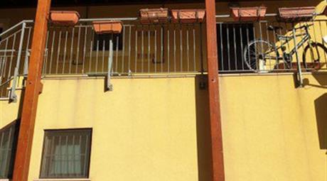 Bilocale in Vendita in Via Donato Bramante 236 a Loreto € 90.000