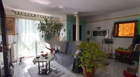 Villa bifamiliare via Indipendenza 36, Chieve