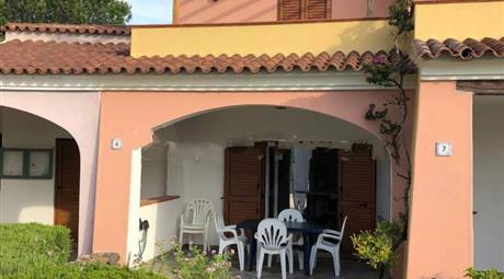 Villa a schiera via Belvedere 13, Orosei € 170.000