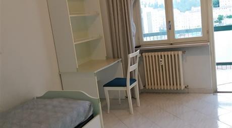 Affittasi stanze singole per studentesse e lavoratrici
