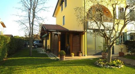 Villa via Miramonti, Torreglia