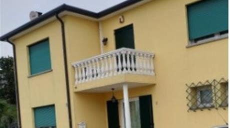 Villa a schiera via dei Fabris 6, Montebelluna