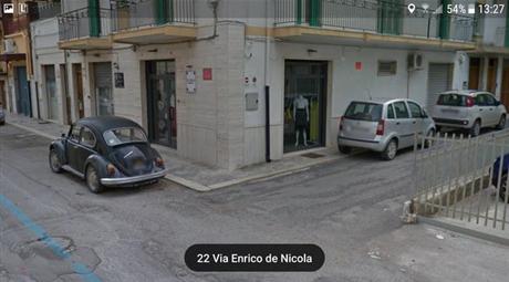 Negozio in Vendita in Via Enrico de Nicola 33 a Fasano