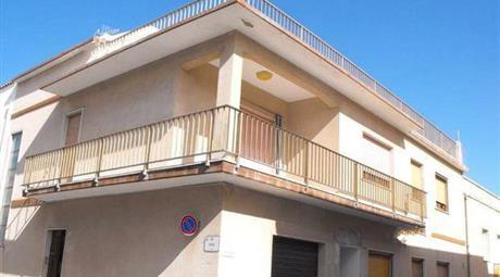 Appartamento in affitto in via Savoia 35 Calasetta