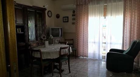 Appartamento 3 camere bagno e cucina