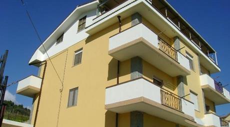 Casa in costa ionica ferruzzano (rc)