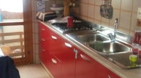 Quadrilocale in vendita in via Ippolito Nievo, 1