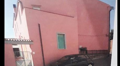 Casa di 160 mq a Montresta (OR)Prezzo trattabile