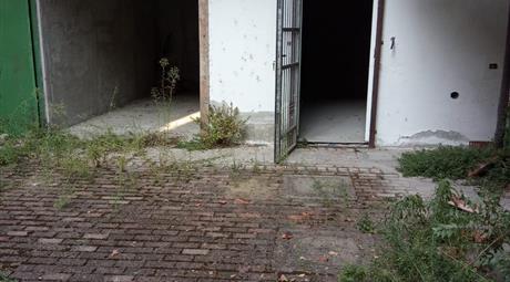 Garage in vendita in via XX Settembre a Voghera
