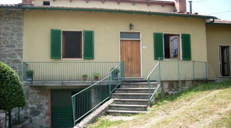 Villa via Caroni di Sopra 59, Caprese Michelangelo