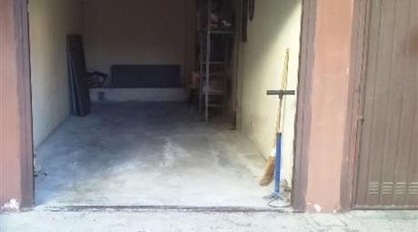 Garage in vendita in via lomeni, 3, Magenta