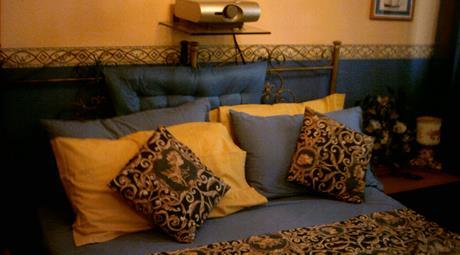 Stanza nel salotto bene di Catania