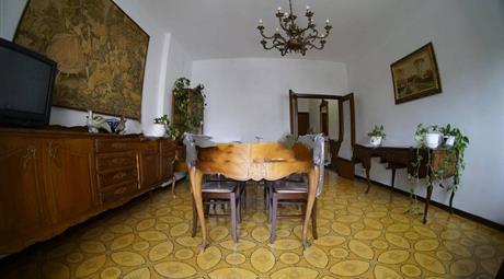 Appartamento + Garage in vendita  a Tolentino