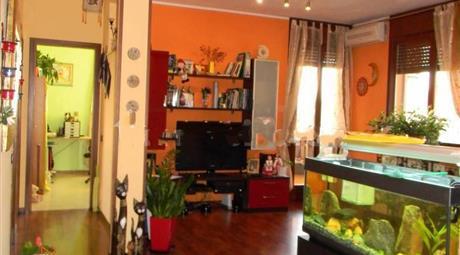Appartamento via Angelo Marchi, Vescovato € 100.000