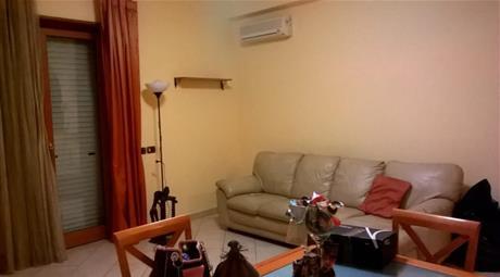 Appartamento centrale ristrutturato e ammobiliato