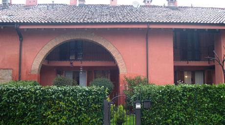 Villetta a schiera in tranquillo Borgo Antico ristrutturato
