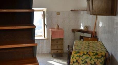 Casa in montagna 15.000 €   Frazione Poggiovalle