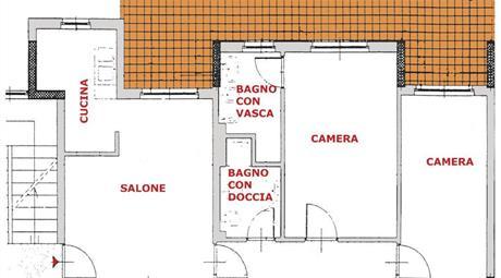 Santa palomba 3 camere 2 bagni posto auto cantina