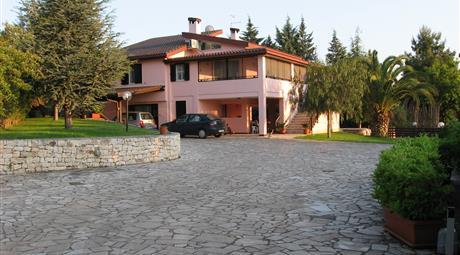 Villa in vendita in S.V. Monte Cipolla, 27