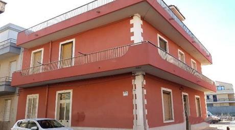 Casa indipendente zona San Corrado