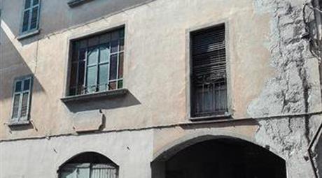 Porzione di casa in vendita a Caravate