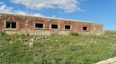Rustico con terreno in vendita a Licata