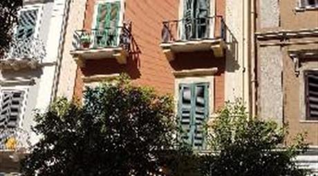 Intero stabile a Taranto
