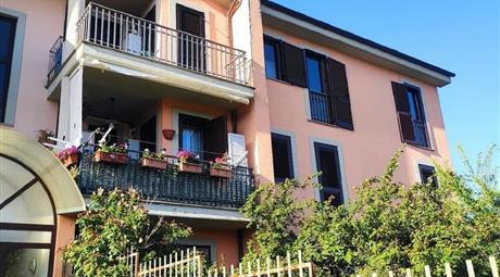 Casa Indipendente in vendita a Sutri