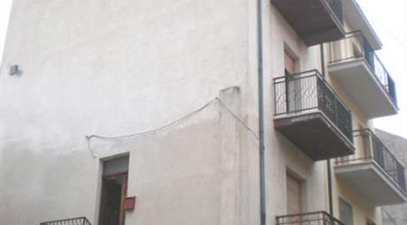 Appartamento libero subito € 22000 trattabili