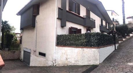 Villeta in vendita a Napoli