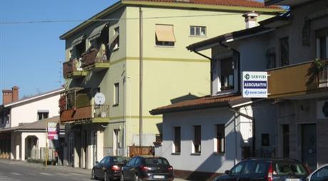 Locale commerciale/ufficio in vendita a via Redipuglia 49.000 €