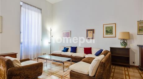Appartamento nel caloroso Rione Storico Monti