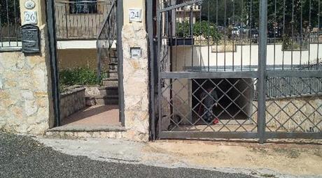 Villetta a schiera zona prato fiorito(ponte di nona vecchia)
