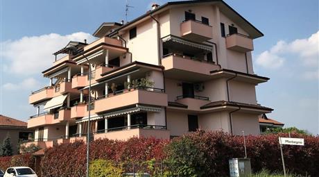 Bilocale mansardato Canegrate vicinanze stazione