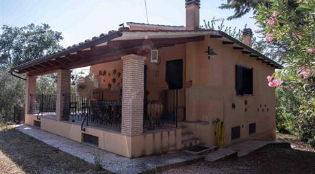 Villa unifamiliare Vocabolo Piscicoli snc, Giove
