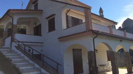Villa in vendita, Vezzi Portio