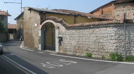 Rustico / Casale via Borgo Nuovo 127, Urgnano