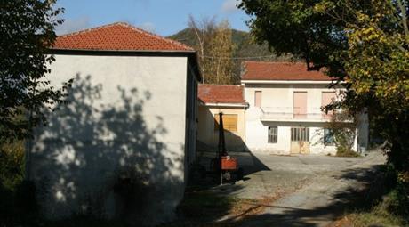 Case con terreno in Alta Langa