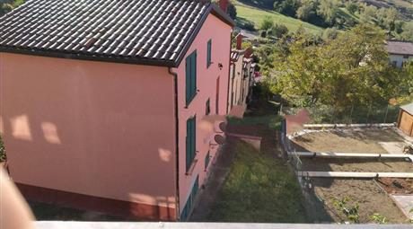 Palazzo - Edificio in Vendita a Novafeltria