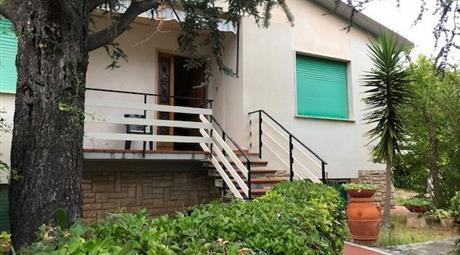 Villa unifamiliare via Vito d'Ancona 69, Rosignano Marittimo € 710.000