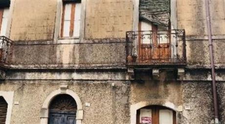 Casa indipendente in vendita in via Regina Margherita, 49 Gaggi