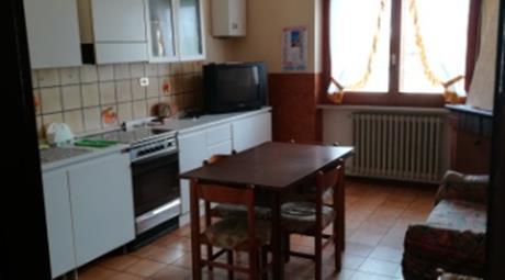 Appartamento arredato in via De Pretis