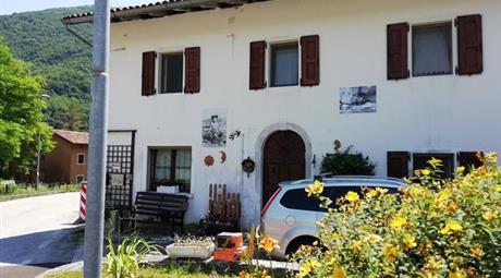 Vendesi casa mq 80 a Tramonti di Sotto (PN)