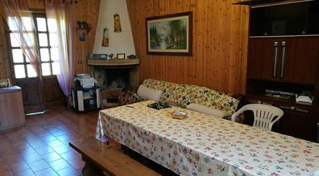 Villa indipendente in montagna 200000€