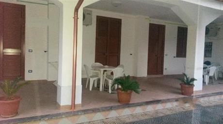 Splendido monolocale in villa