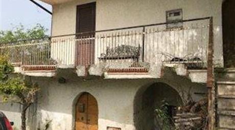 Terratetto plurifamiliare via Colleolivo, Arce