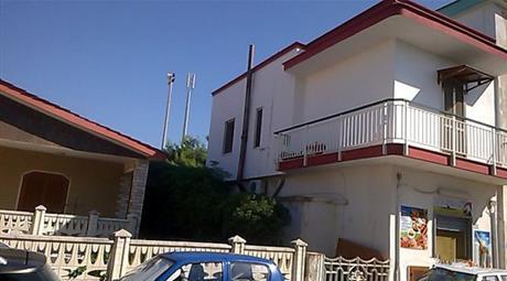Appartamento al mare in vendita