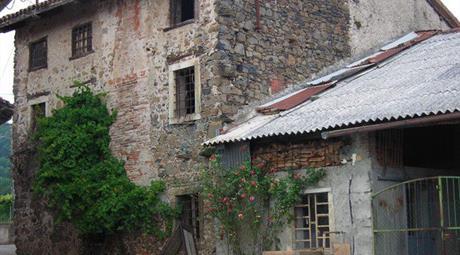 Casa Indipendente in Vendita in Via Nardi a Brogliano